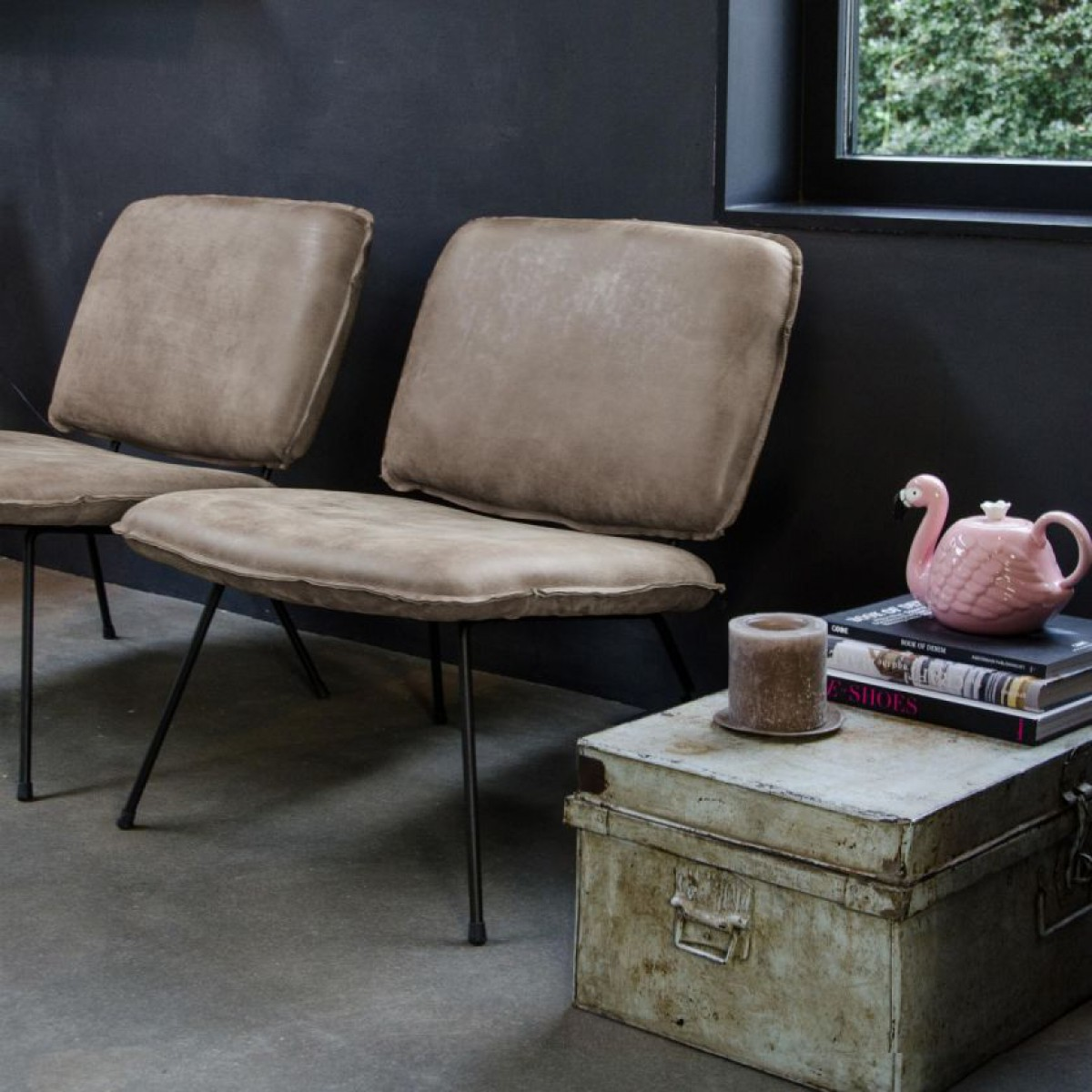fauteuil_caramba_shabbies_fred_de_la_bretoniere_africa_leer_walnut_miltonhouse-tin