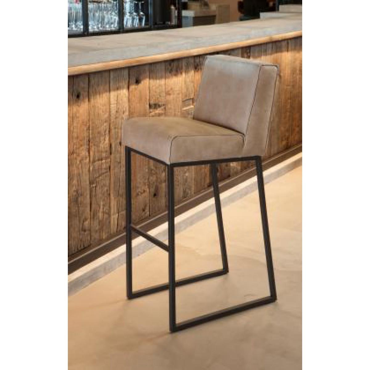 barkruk-barhocker-stool-het-anker-lara-miltonhouse-sfeer